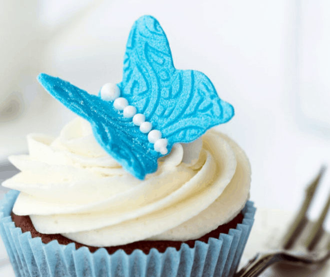 Cupcakes with Marshmallow Creme Frosting