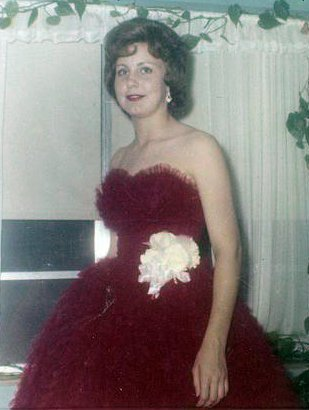 My very favorite pic of Jane!  It's her Sr. Prom pic!