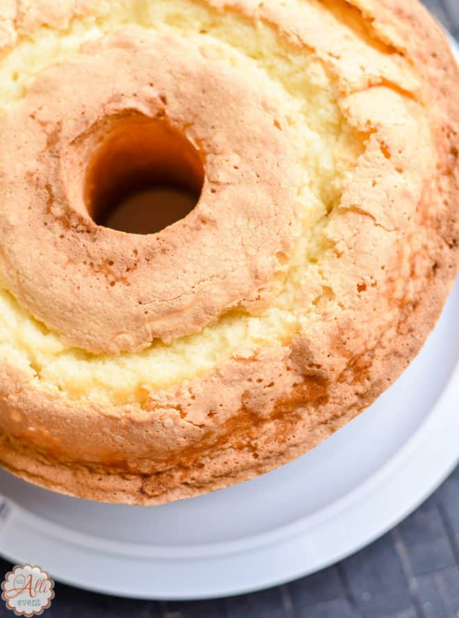 Dad's Sour Cream Pound Cake