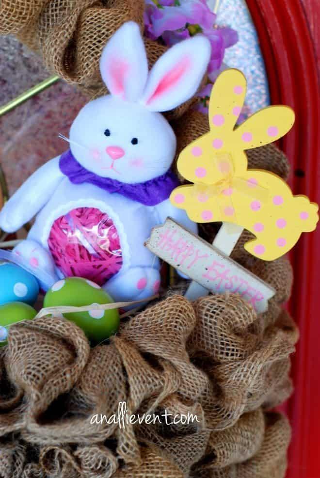 Easter Basket Wreath #bunny #burlap #Easter