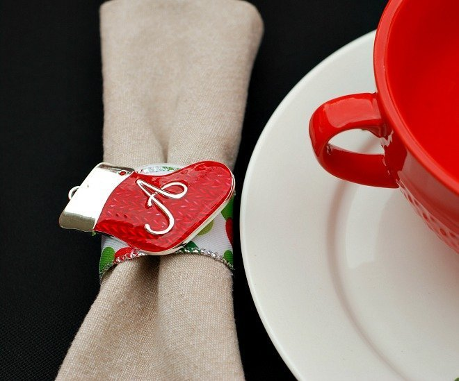 Holiday Napkin Rings from TP Rolls