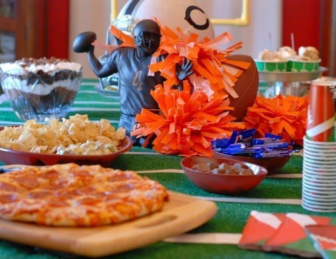 Big Game Tablescape & Menu