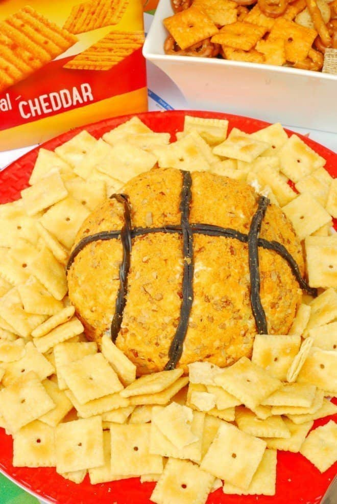 Slam Dunk Cheeze-It Cheeseball