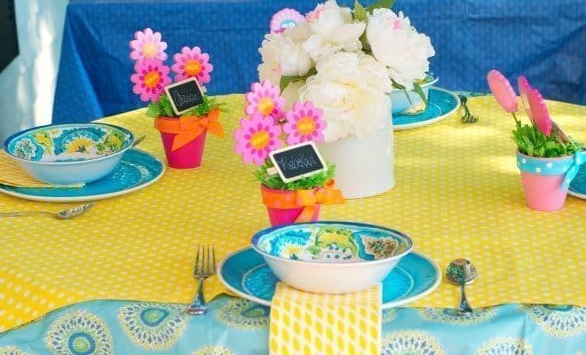 Mom's Day Tablescape