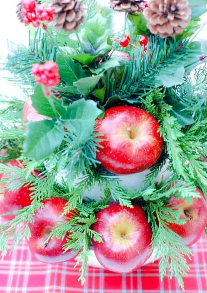 Easy DIY Holiday Centerpiece