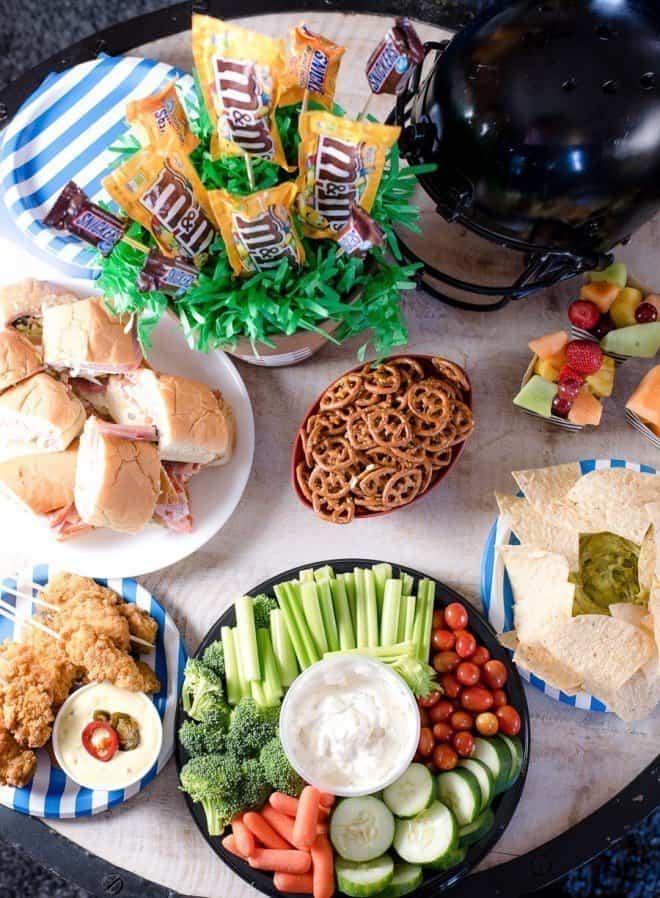 Super bowl party food ideas decor more an alli event - Decoratie snack ...