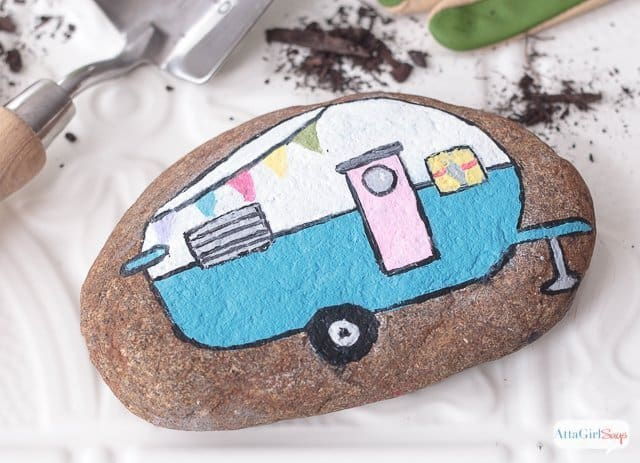 Vintage Camper Painted Rocks - Chitchat & DIY Sunday Showcase 03.20