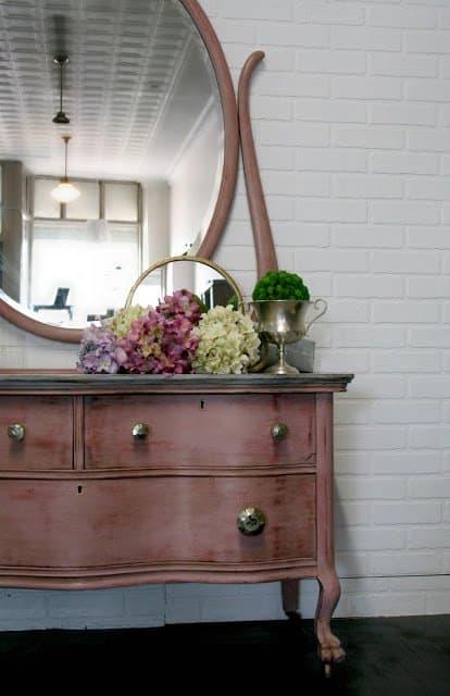 Painted Furniture - DIY Sunday Showcase 01.05