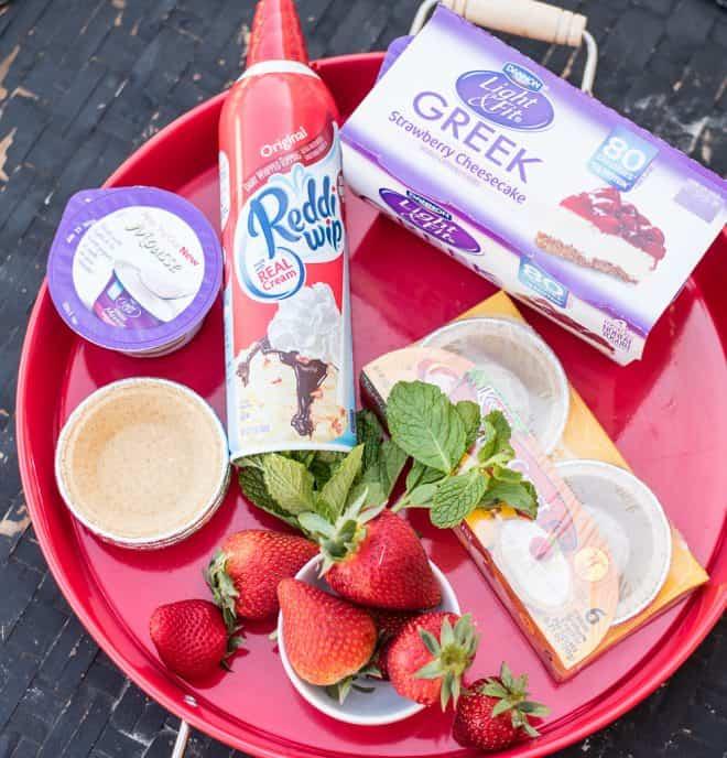 No-Bake Mango and Strawberry Cheesecake Yogurt Mini Pies