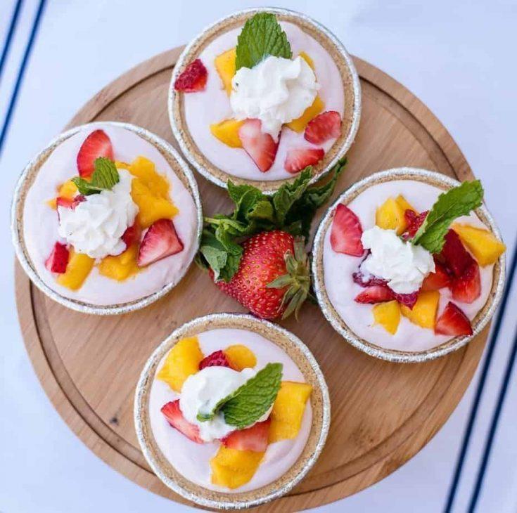 Strawberry Cheesecake Mini Pies