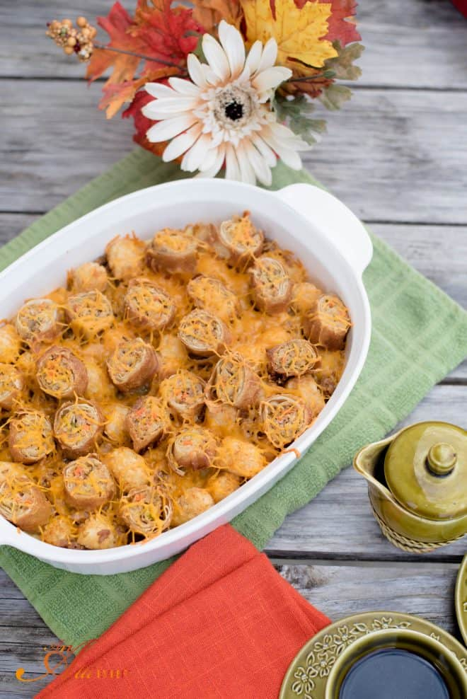 Cheesy Egg Roll and Tater Tot Breakfast Bake