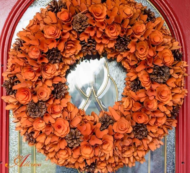 Fall Home Tour - Front Door Wreath - An Alli Event