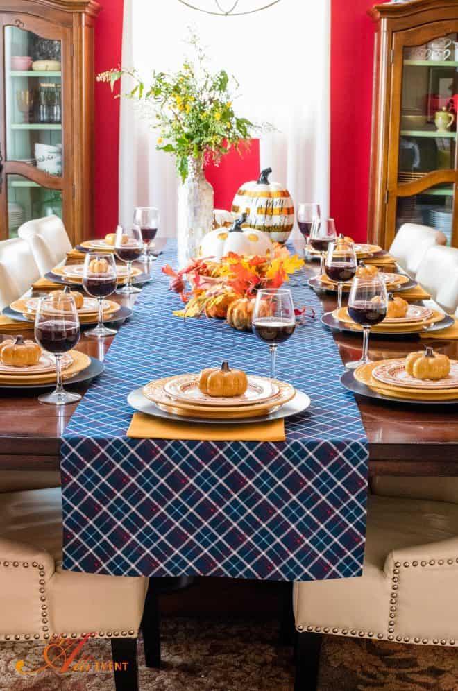 Dining Room Decor - Fall Home Tour