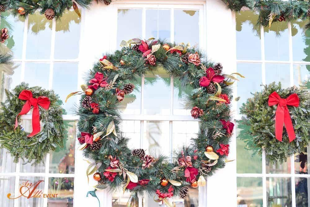 Holiday Decorations - Home Decor
