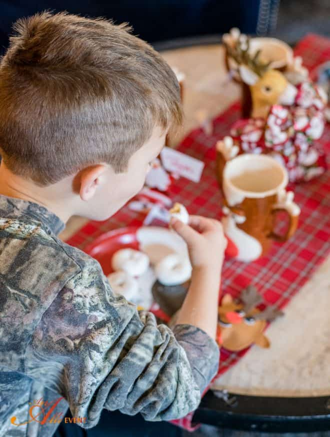 Making Memories - Santa and His Reindeer Craft Party