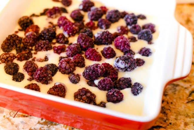 How to Make Blackberry Cobbler