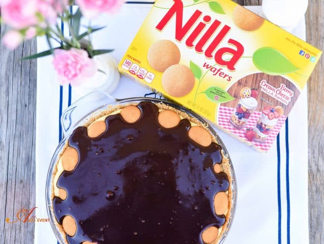 Chocolate Eclair Pie made with NILLA Wafers