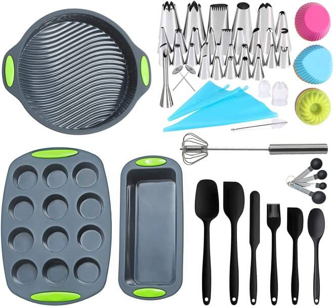 Deluxe Baking Set including baking pans, pastry bags and tips