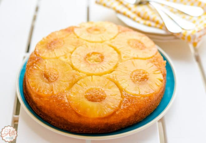 Italian Cream Cake and Pineapple Upside Down Cake