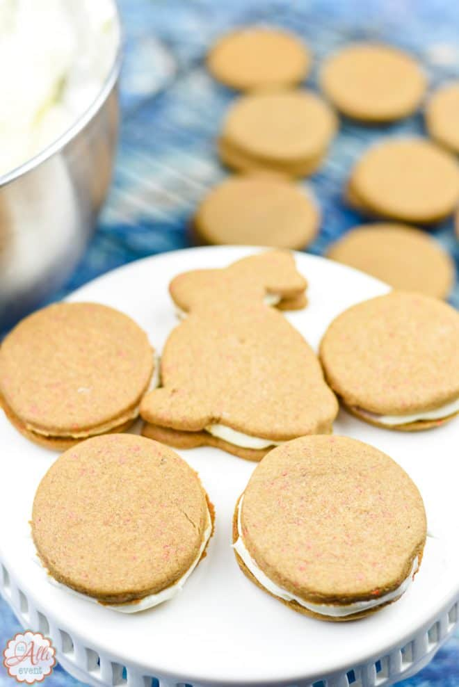 Easy Carrot Cake Sandwich Cookies are easy to make!