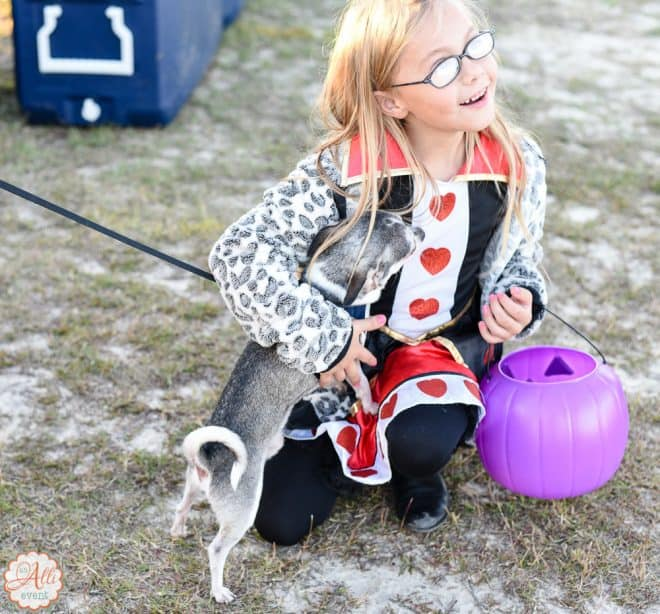 How to Have the Best Ever Trunk or Treat Party