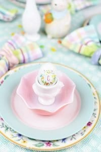 Pastel Spring Tablescape Ideas