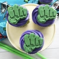 How to Make Adorable Incredible Hulk Cupcakes