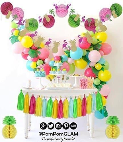 Flamingo Cupcakes and Decor