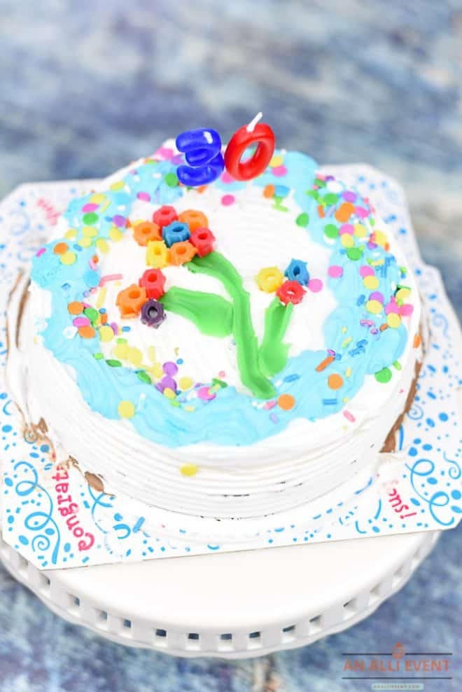 How to Easily Decorate a Birthday Party Ice Cream Cake