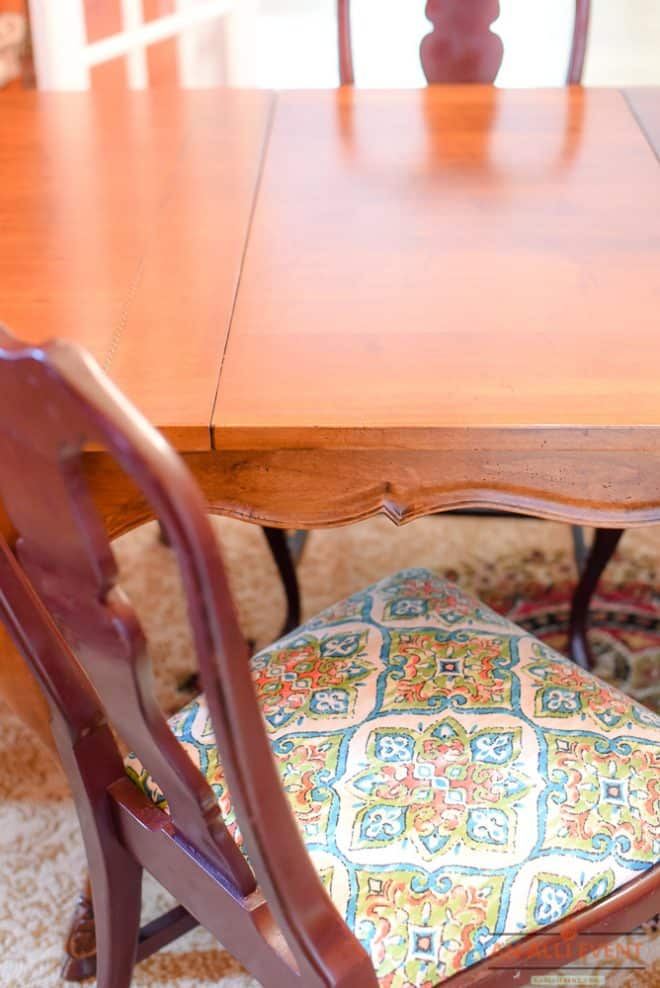 Dining Room Chairs - Easy Makeover