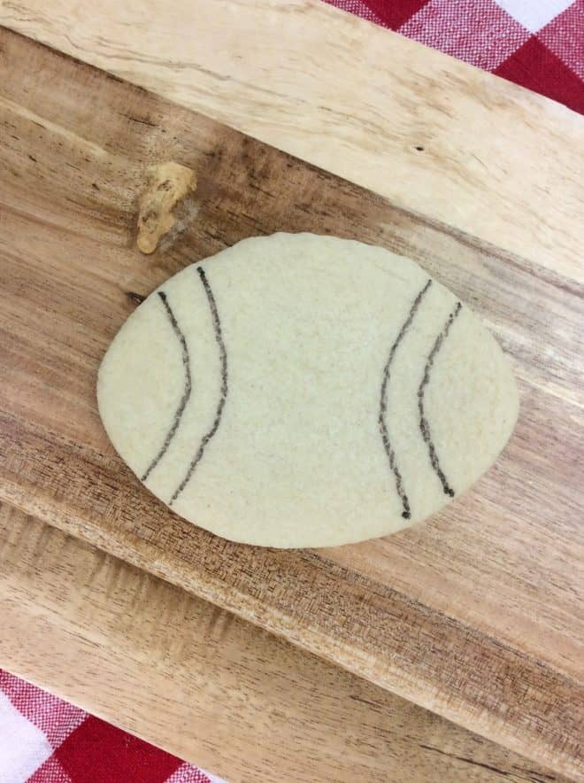 How to decorate Vintage Football Sugar Cookies