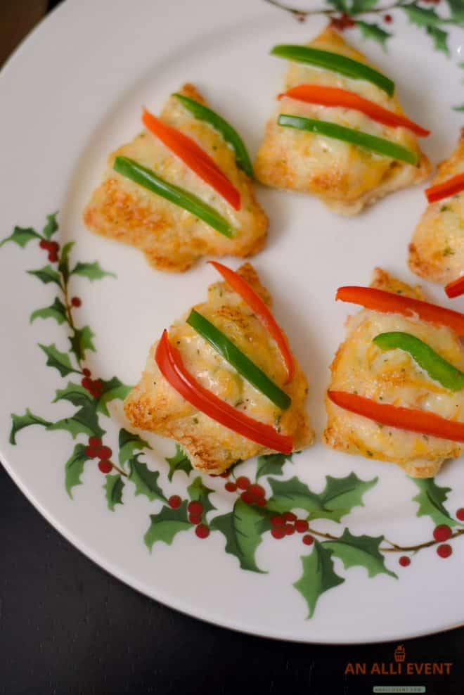 Cheesy Christmas Tree Shaped Appetizers