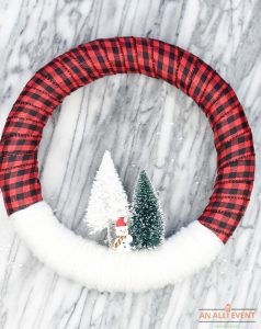 Easy DIY Snowy Christmas Wreath