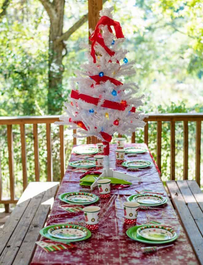 How the Grinch Stole Christmas Party Decor