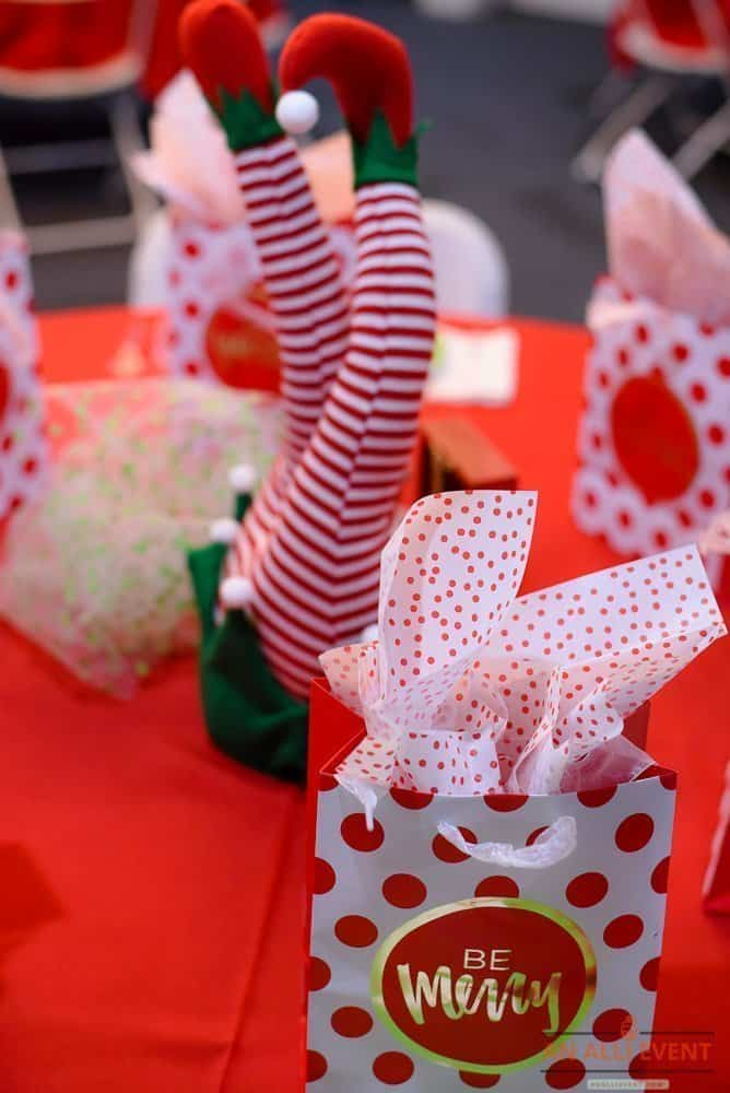 Best Christmas Games for Large Groups - An Alli Event