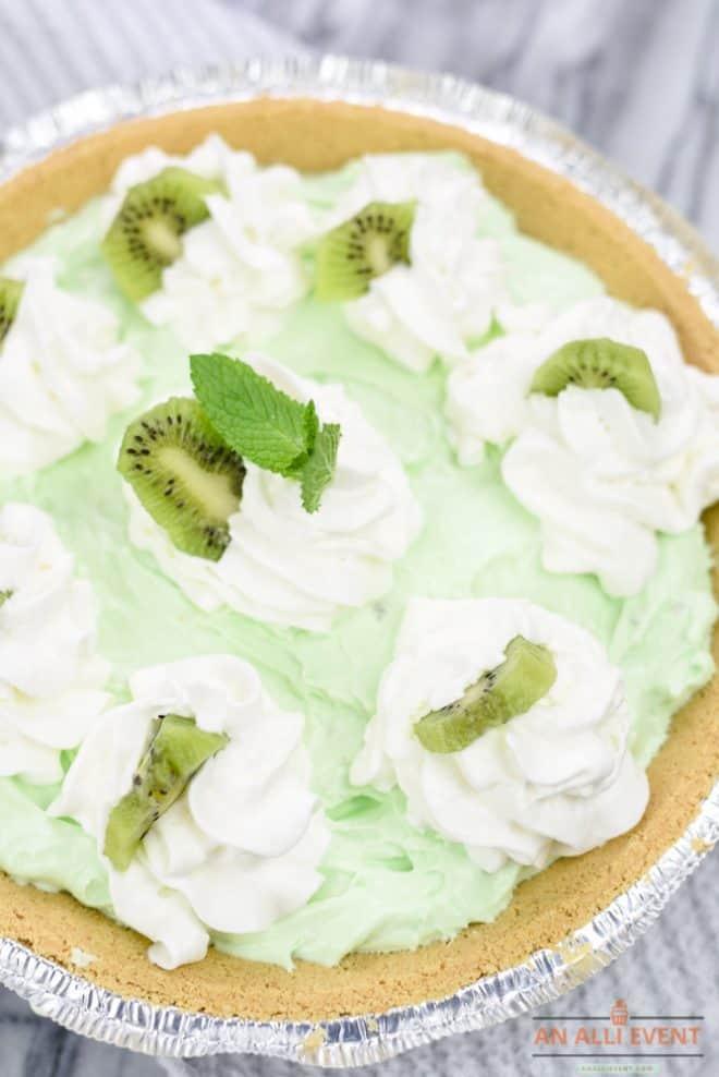 Kiwi Pistachio Pie