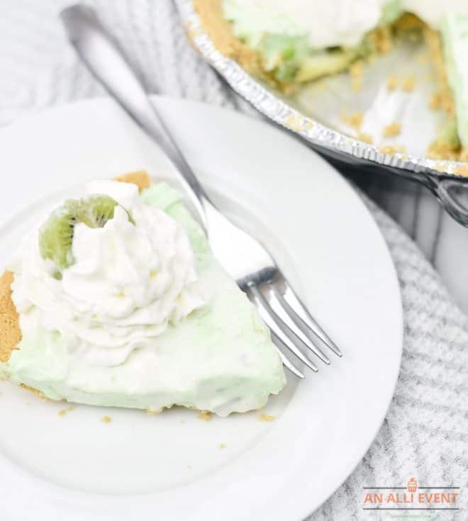 No Bake Kiwi Pistachio Pie