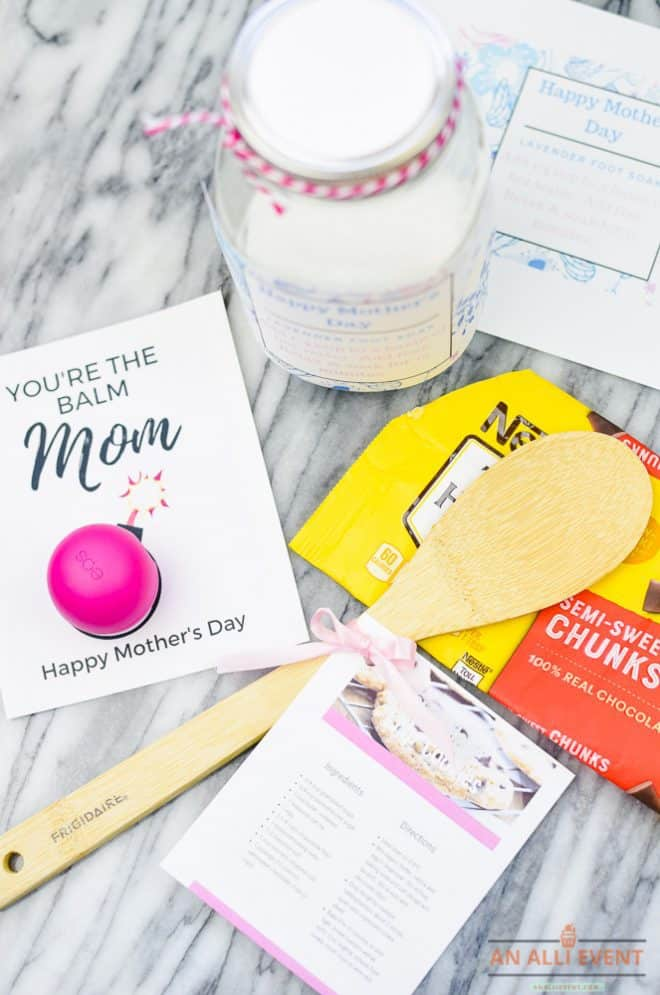 Inexpensive Mother's Day Gift Ideas for a Crowd