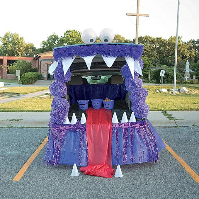 Monster Trunk Or Treat Decorating Kit for Halloween (32 piece set)