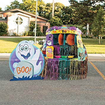 Fun Express - Halloween Trunk Or Treat Decorating Kit for Halloween - Party Decor - Wall Decor - Cutouts - Halloween - 33 Pieces