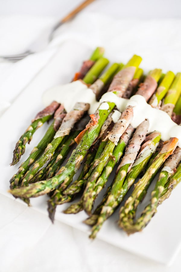 Asparagus with Prosciutto and Creamy Lemon Tarragon Sauce