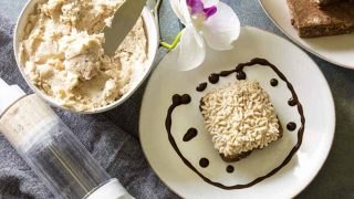 Keto Maple Pecan Frosting | Maple Pecan Buttercream Frosting