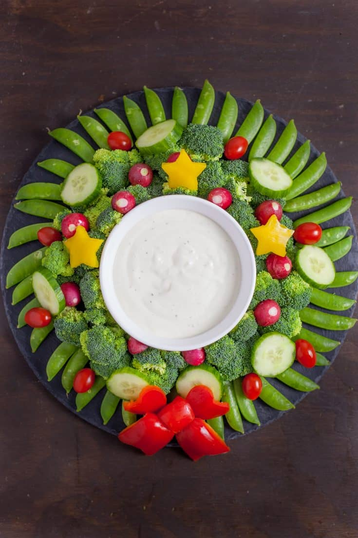 Veggie Wreath Cute Christmas Appetizer