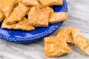 Microwave-Peanut-Brittle-Serve