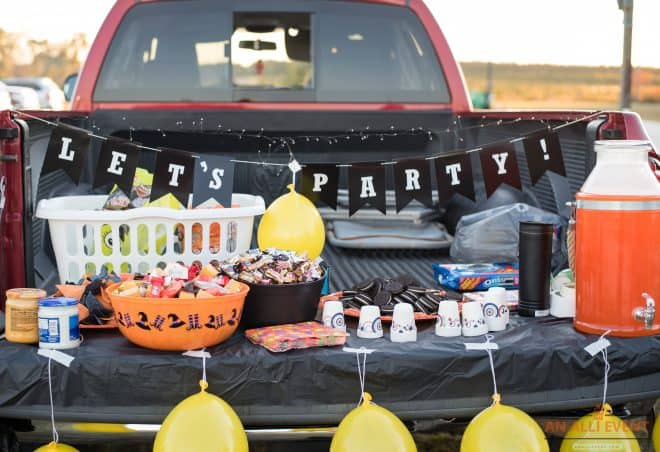Halloween Party Trunk