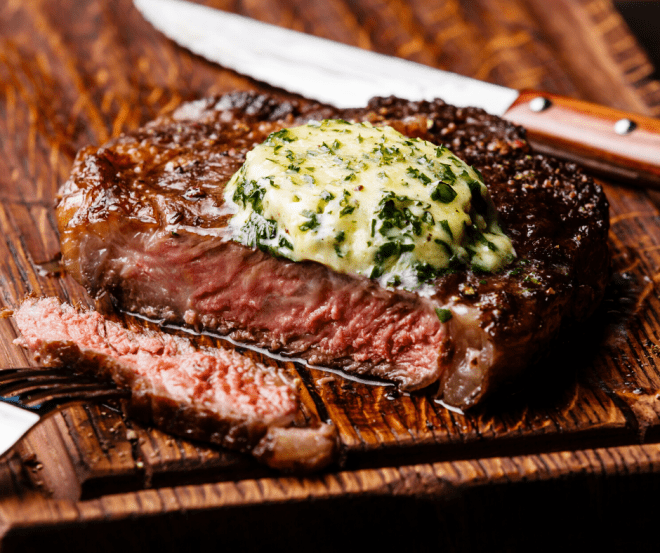 Grilled-Ribeye-Steak-On-Cutting-Board