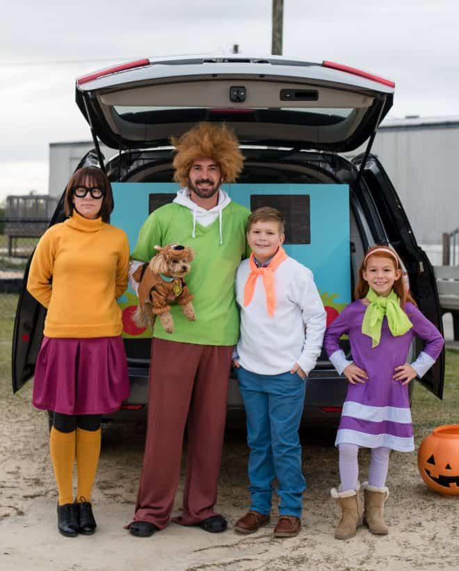 New Trunk Or Treat Ideas - a family dressed up like the Scooby Doo bunch